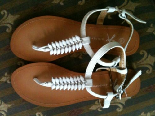 BNWT White Jewelled Thong Flat Sandals Available in UK Size 3-7