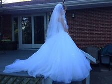oleg cassini Davids Bridal wedding dress beaded spagetti strap full size 4