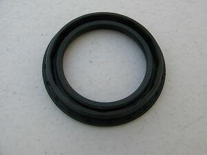 LOTS-OF-7-Front-Wheel-Seal-321501641-For-Audi-Volkswagen-Porsche-1968-2002