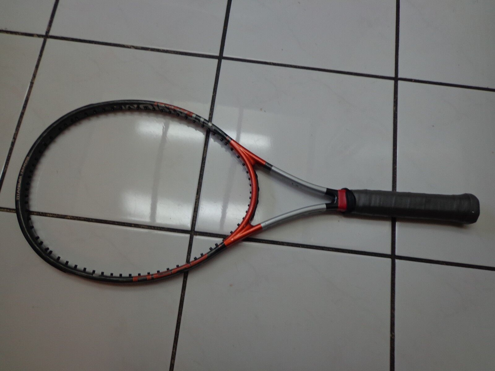 Head Ti. Radical OverTaille agassi 107head 4 5 8 grip Tennis Racquet