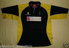 York Cricket Club / #2 - 2000's Away (?) - SURRIDGE - MENS Shirt / Jersey. L
