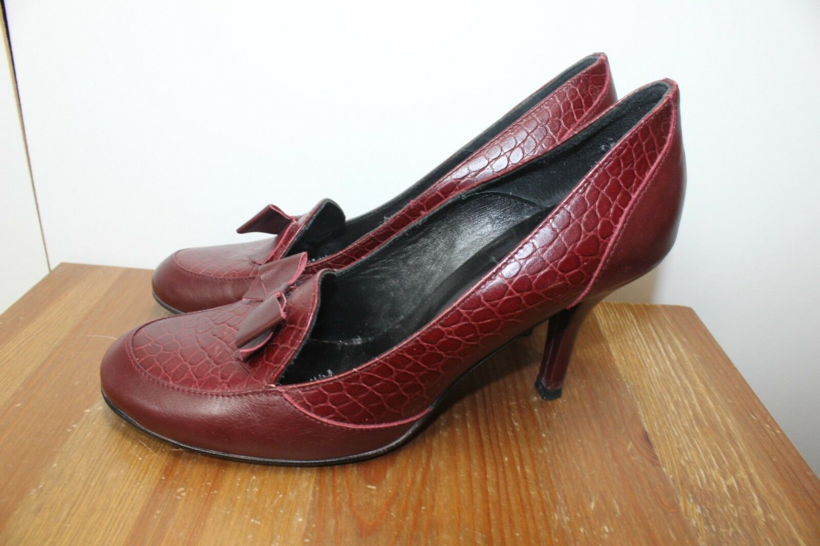 Red burgundy leather bow shoes by Jones 'Contrast' heel bow leather toe snakeskin 774936
