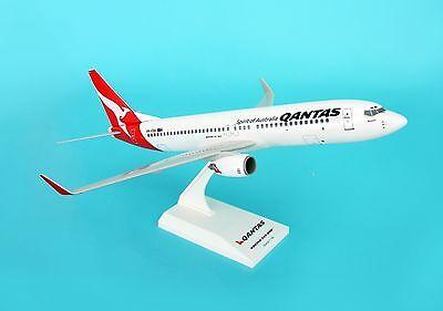 New SkyMarks Qantas Boeing 737-800 SKR437 1//130 REG# VH-VXA