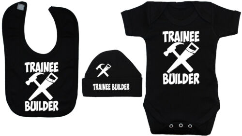 Trainee Builder Baby Grow Vest Bodysuit /& Bib /& Beanie Hat 0-24mths Unisex Gift
