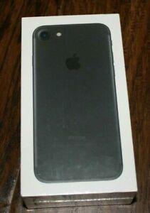Total Wireless Apple iPhone 7 32GB Prepaid Smart Phone Black