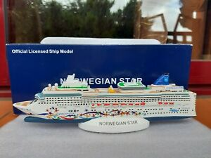 Norwegian-Star-Cruise-Ship-Model-NCL-Cruise-Ship-Model-Modellino-Nave-BNIB