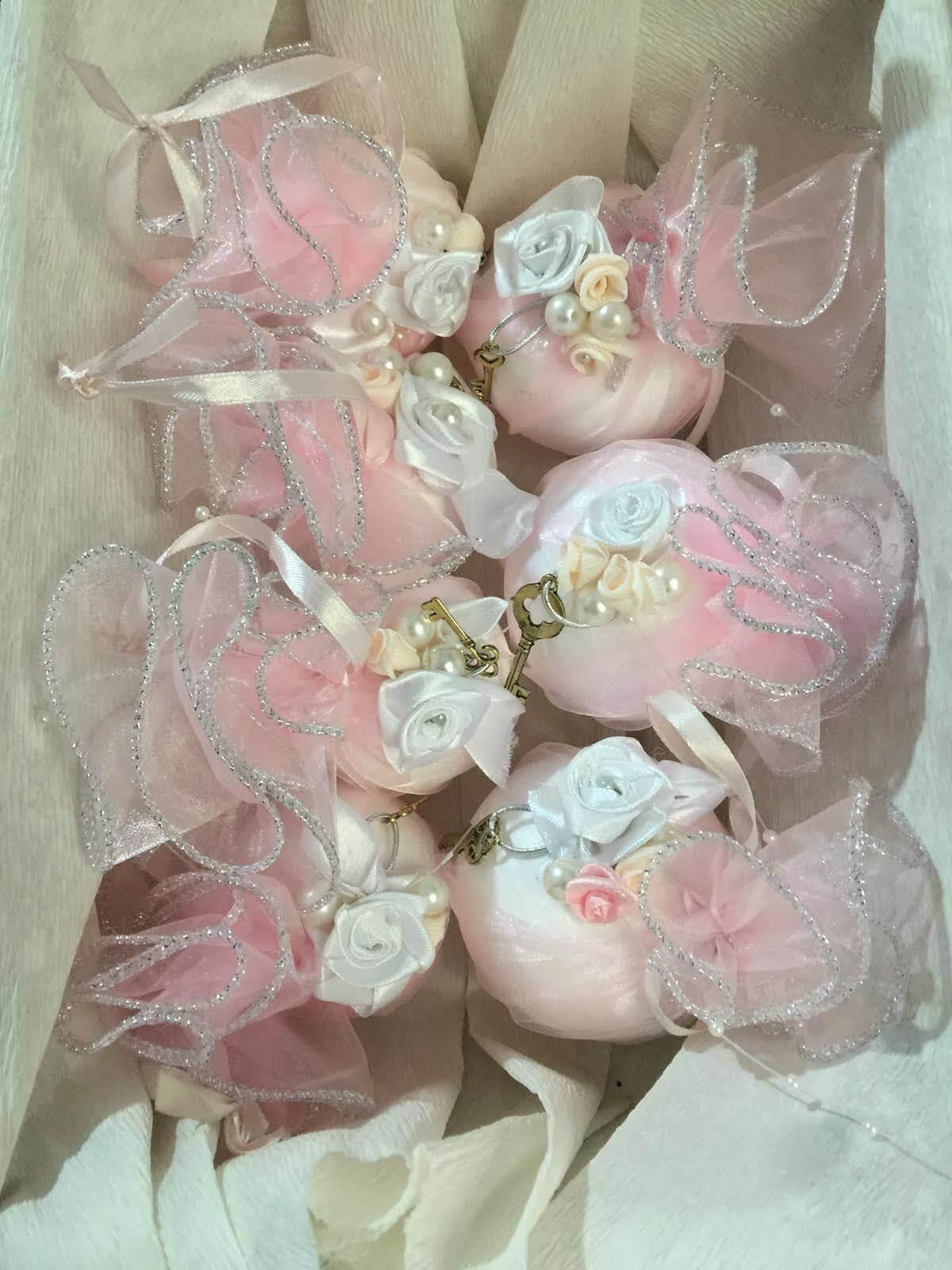 BOLAS de NAVIDAD. Conjunto 6 bolas artesanales. Hecho a mano. Rosa pastel