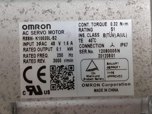 OMRON SERVO MOTOR  R88M-K10030L-S2