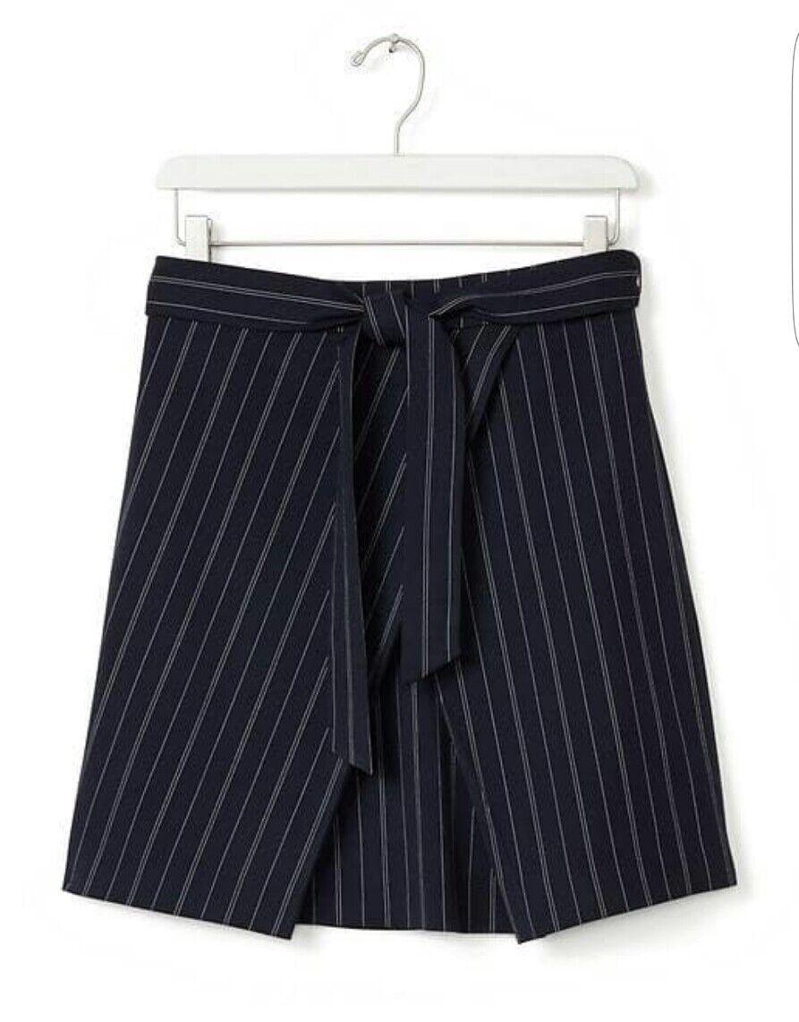 Banana Republic Front-tie pinstripe skirt