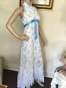 70-039-s-Vintage-White-Retro-Blue-Floral-Halter-Top-Prairie-Dress