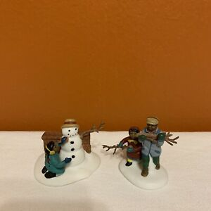Vintage-Dept-56-Playing-In-The-Snow-Set-Of-2-5556-5-Partial-Missing-Piece