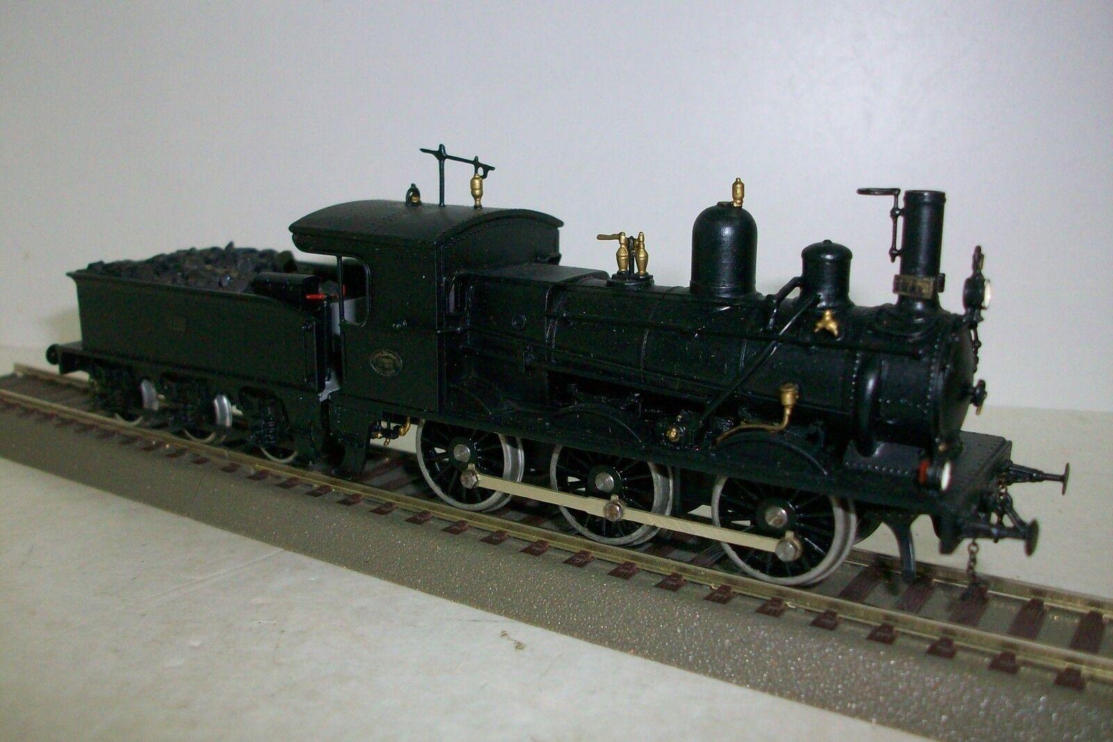 HO KEYSER KIT / Locomotora VAPOR 030 RENFE  NORTE , metalica, procede de Kit.