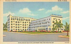 MIAMI-BEACH-FLORIDA-PLAZA-HOTEL-OVERLOOKING-BISCAYNE-BAY-1947-PMK-POSTCARD