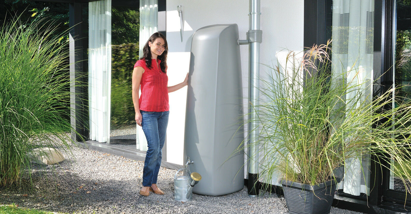 400l modern elegant wall water butt - free diverter and tap!
