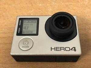 GoPro Hero 4 Acción Cámara táctil LCD en la parte trasera - 1080p + tarjeta 64GB + Estuche