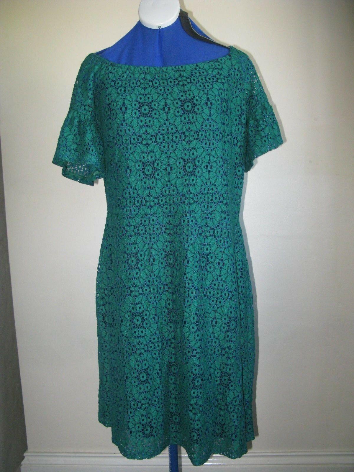 K SIMPLY BE DRESS GREEN LACE WITH NAVY LINING UK SIZE 14 SHORT SLEEVE