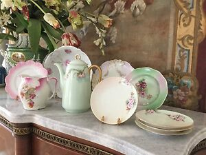 ANTIQUE K&L HAND PAINTED COFFEE OR TEA POT, HEAVY GILDING, PINK ROSES