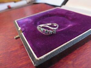Schmaler-925-Silber-Ring-Luftig-Wellen-Steine-Smaragd-Gruen-Weiblich-Verstellbar