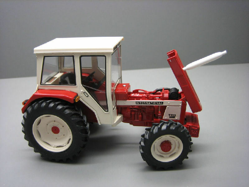 IH 844 Tractor Tractor Tractor 1 32 Model REPLICAGRI  | Neuankömmling  42abd7