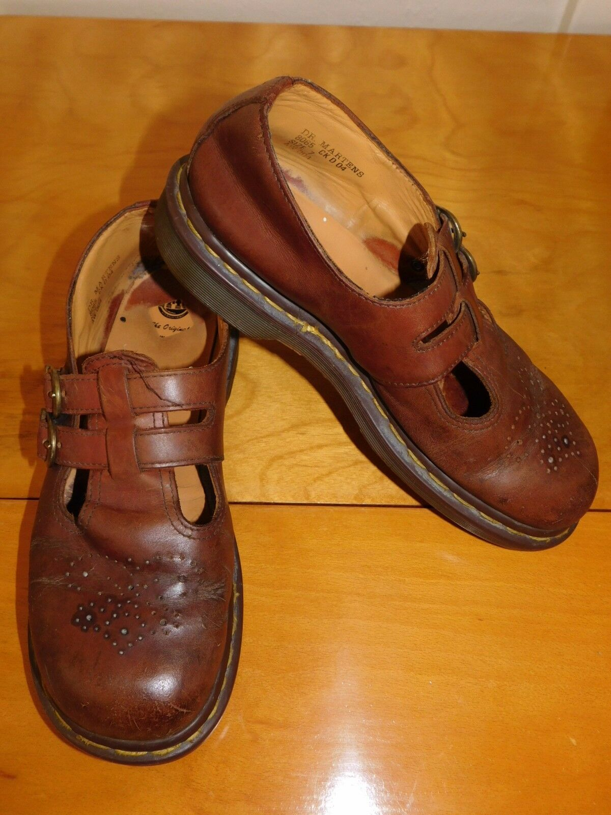 DR. Marten's Men's Sz.7 Brown Leather Strap over Closed Toe Sandals England 8065