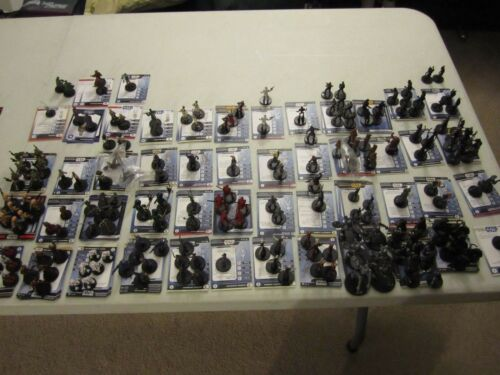Star Wars miniatures 30 different minis no cards