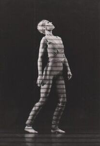 Danse Carolyn Carson Photo Presse Originale Danse Solo 1985 Apparence Brillante Et Translucide