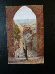 A-R-Quinton-postcard-2442-Lowestoft-Mariner-039-s-Score
