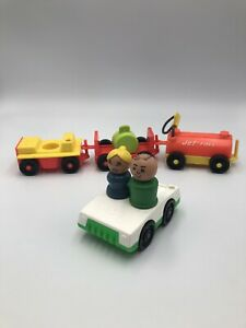 Vintage-FISHER-PRICE-Little-People-Airport-Luggage-Fuel-Tram-Car-Wooden-LOT-996