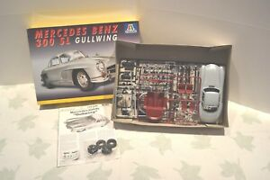 Italeri-1-24-Mercedes-Benz-300-SL-Gullwing-1954-coupe-2P-Ref-660-Made-in-Italy