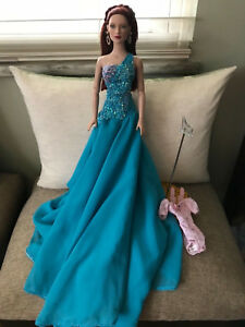 Tonner-Doll-Wizard-of-Oz-Basic-Glinda-2007-Turquoise-Gown