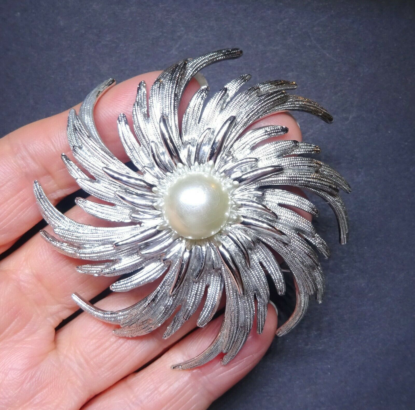 448a0c6bc4ec0 brooch vintage signed large Stunning over across cms 7 yacuc04c82482 ...