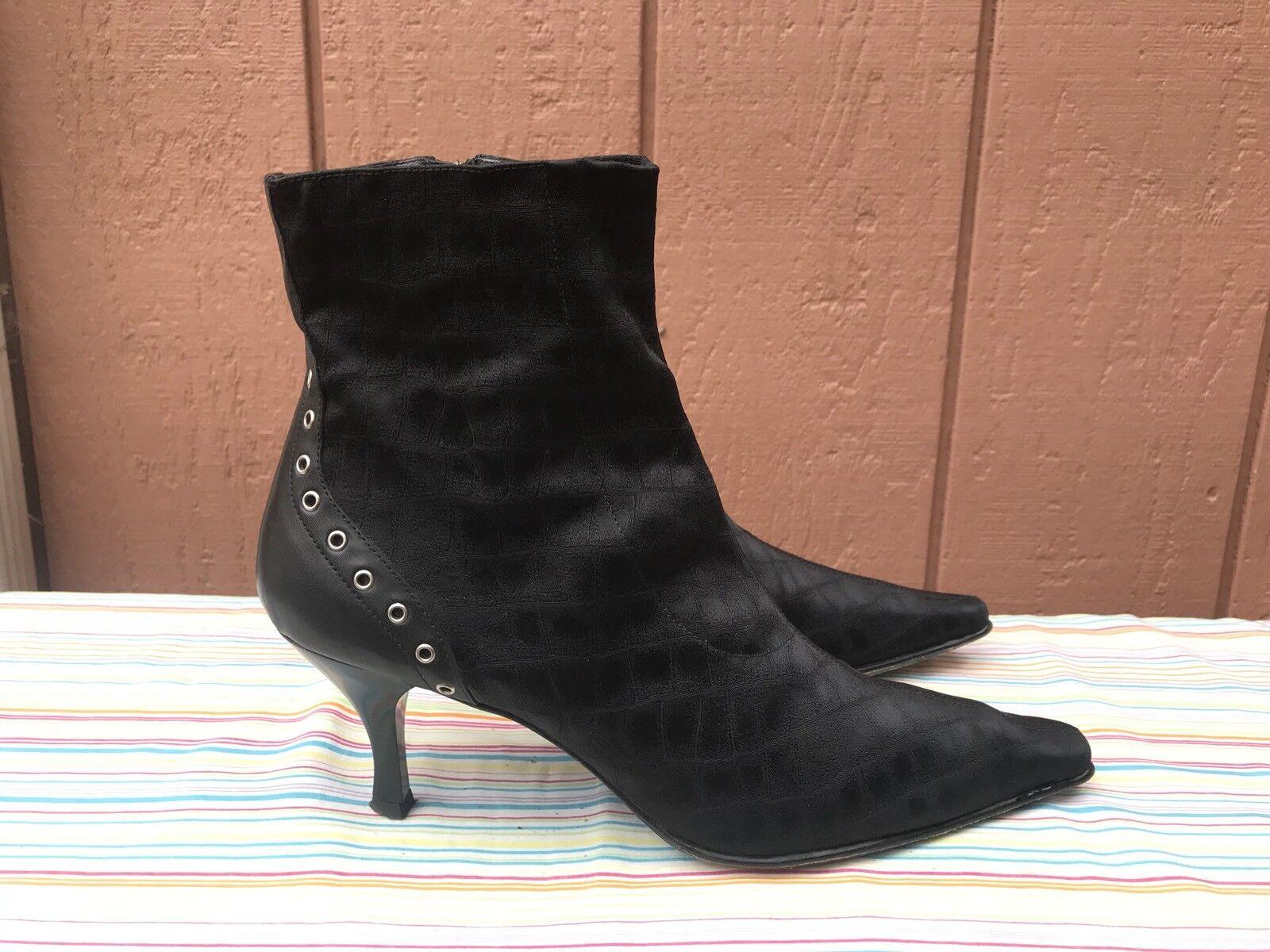 Excelente condición usada Donald J Pliner lishe Negro botas al tobillo de becerro Gator Elástico Tacones 10 M EE. UU.