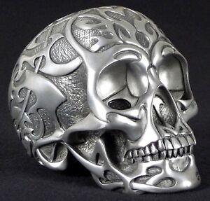 tribal skull medium silber deko figur gothic totenkopf ebay. Black Bedroom Furniture Sets. Home Design Ideas