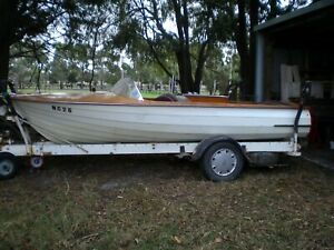 classic-Lewis-clinker-wooden-ski-boat-1970-approx-on-timber-trailer