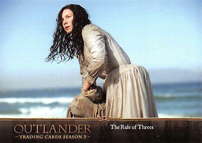 Outlander Season 3 Gold Crest Base Card #40 Seer or Charlatan?