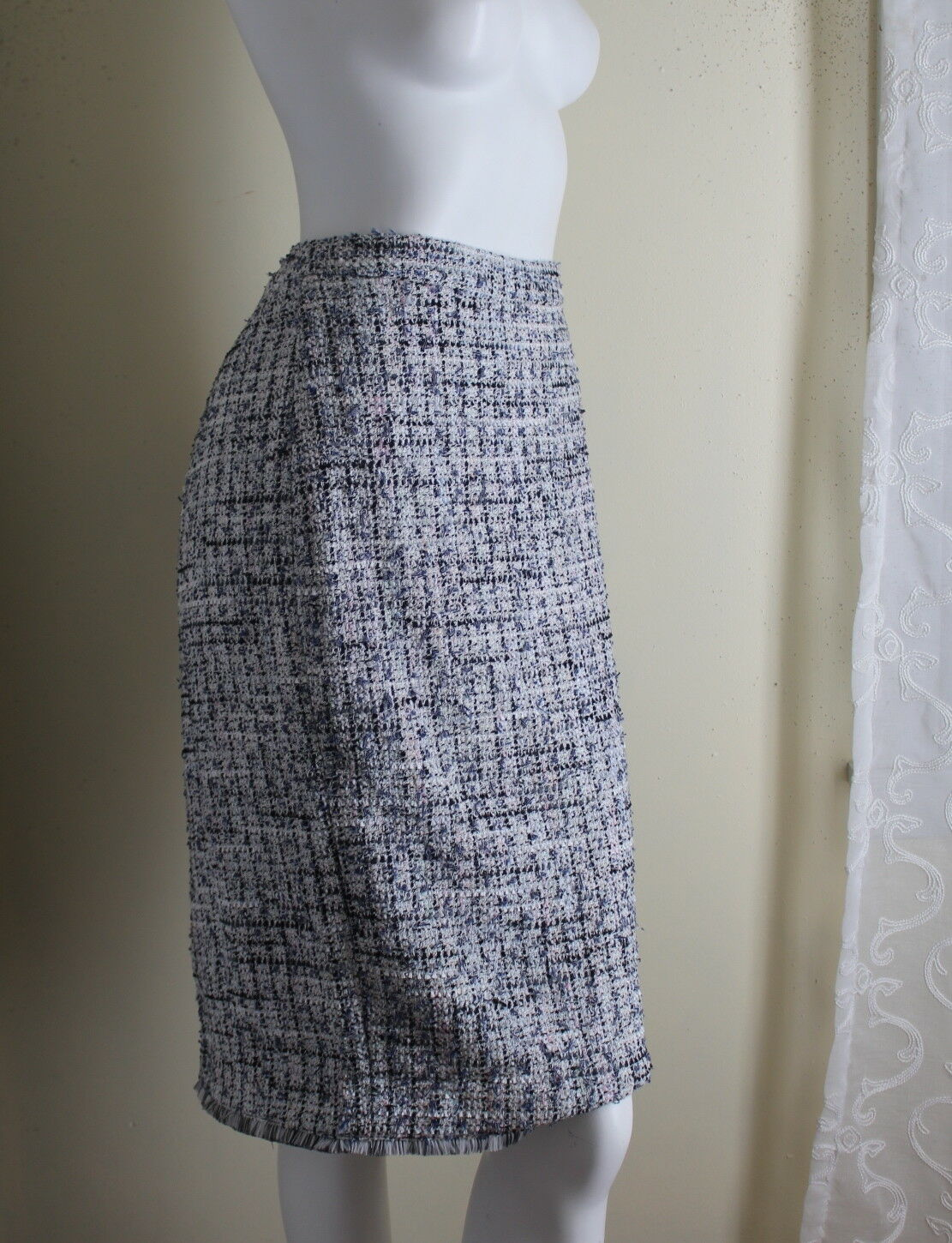 NWT ANN TAYLOR -Sz 10T 10 Tall Exquisite bluee White TWEED Pencil Straight Skirt