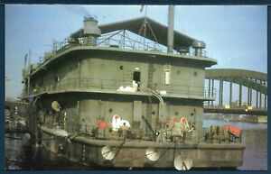 Navy APL 46 Non Self-Propelled Barracks Craft U.S