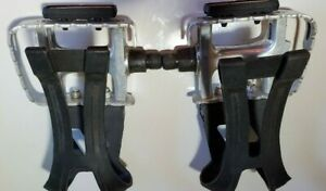 NEW VP Alloy 332A Pedals With Toe Clips /& Straps 9//16 Black MTB BMX ROAD Fixie