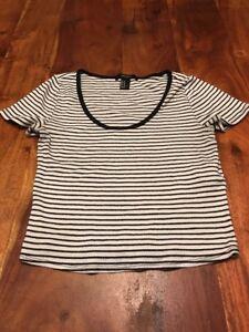 ca2415b566e73 Forever 21 Navy Blue White Ribbed Shirt Top Crop Size Medium Women s ...