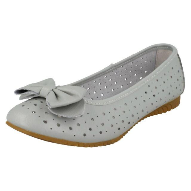 Ballet pumps | Ballet pumps, Shoes, Bow shoes