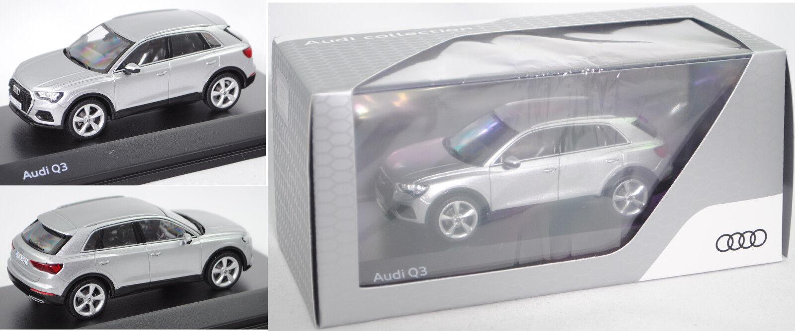 Minimax 5011803631 Audi q3, Fleuret argent, 1 43, publicitaires boîte
