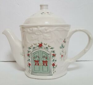 Pfaltzgraff Winterberry Sculpted Stoneware 4 Cup Teapot UNUSED