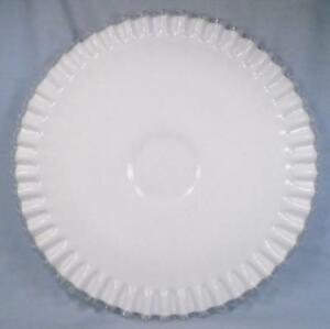 Fenton-Silver-Crest-Low-Cake-Stand-Elegant-Glass-5813-Vintage-Milk-White-Clear