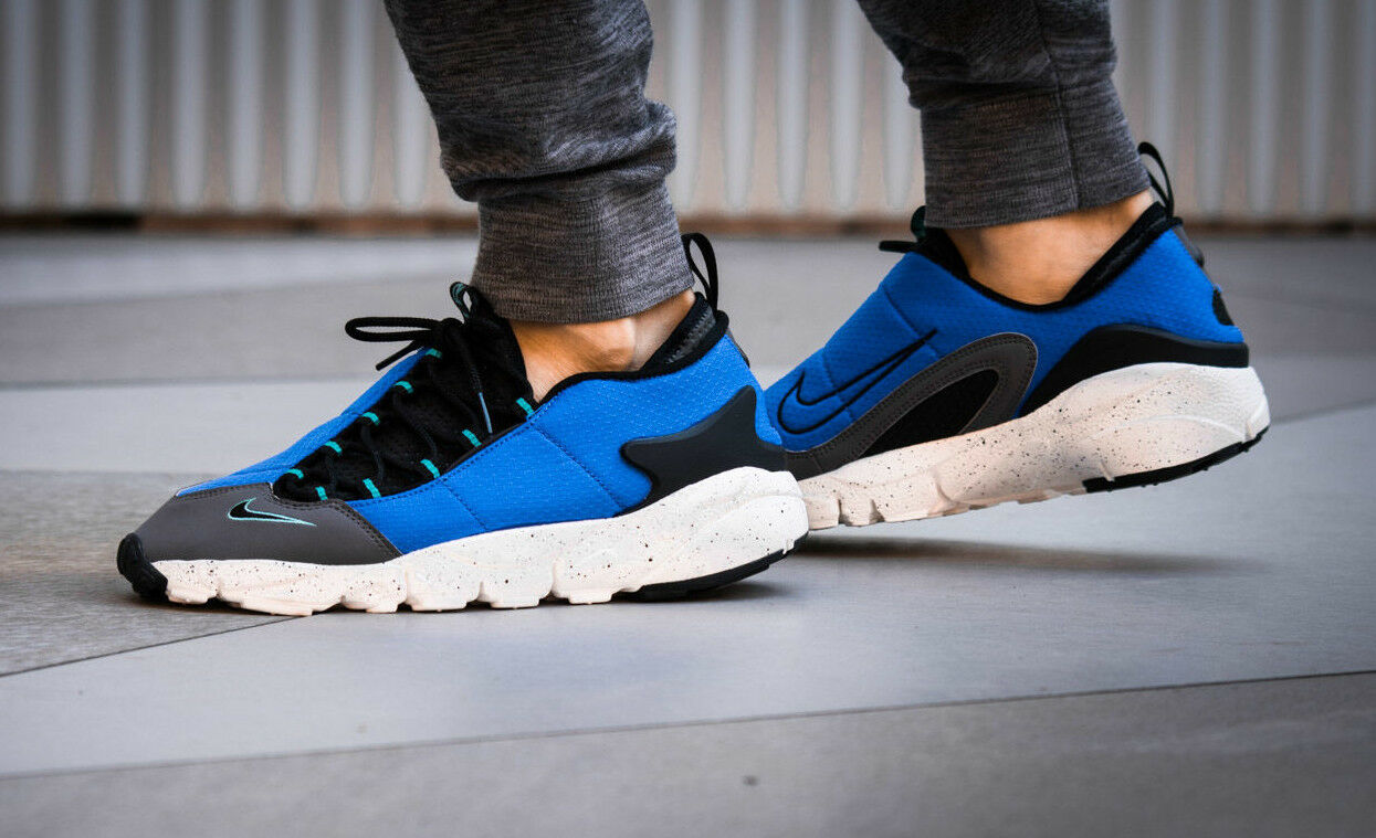 20cca4533f NIKE AIR FOOTSCAPE NM New Motion Trainers Running Gym Casual () bluee