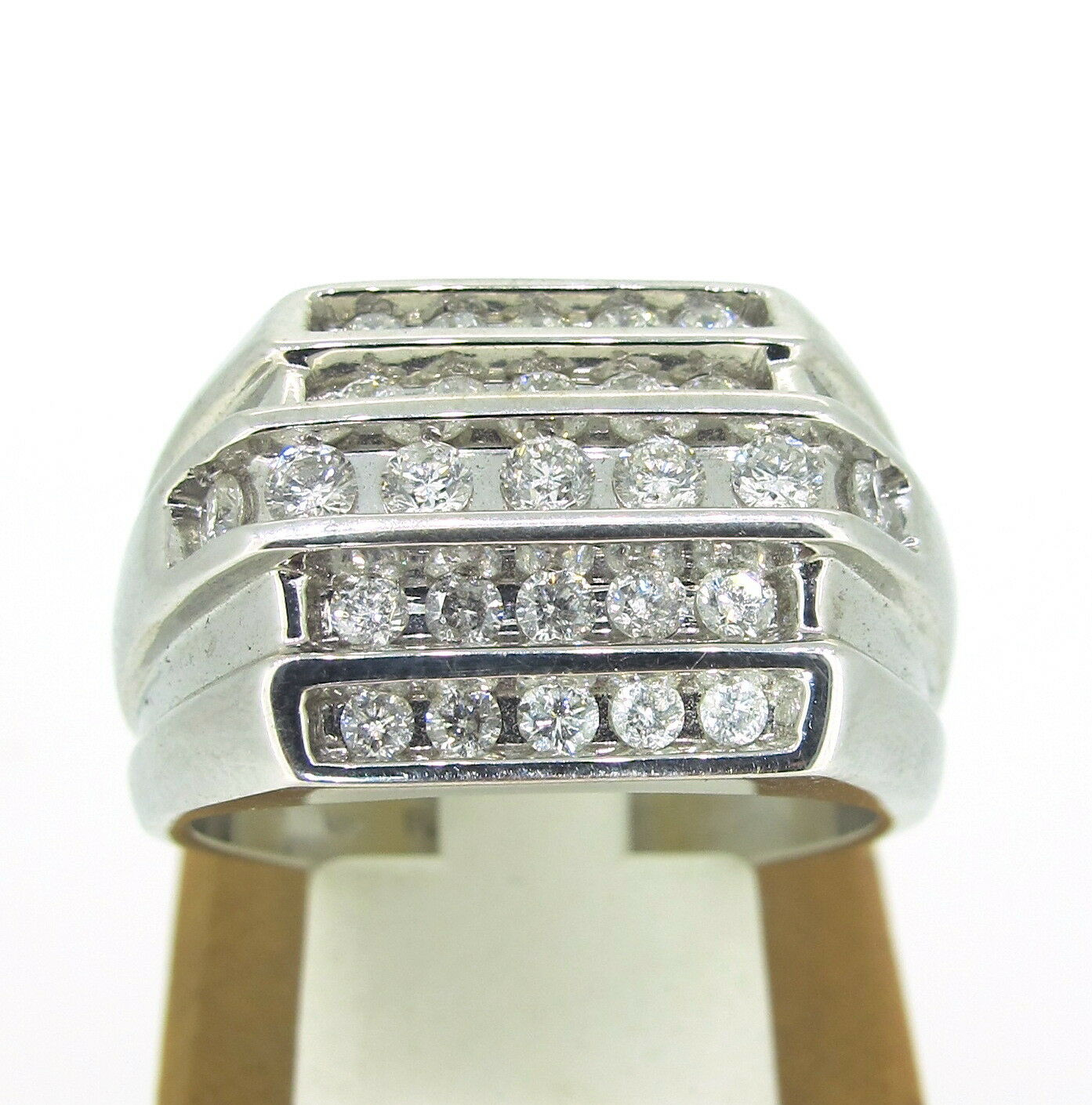 .95 ct tw Diamonds Round Cut 14k White gold Multi Row Width Diamonds Ring 10.5