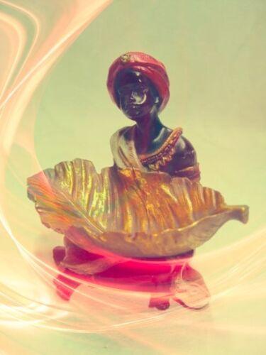 Sarottimohr Sitz Figur Afrika Schatle  Bonboniere Empfang für die Kleinen