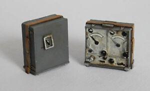 Plus-Model-EL021-1-35-Plastikmodellbau-Dt-Funksstation-Typ-Torn-Fu-WWII