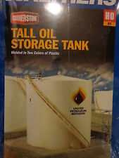Walthers HO #933-3168 Oil Storage Tank (Tall Style) Plastic Kit