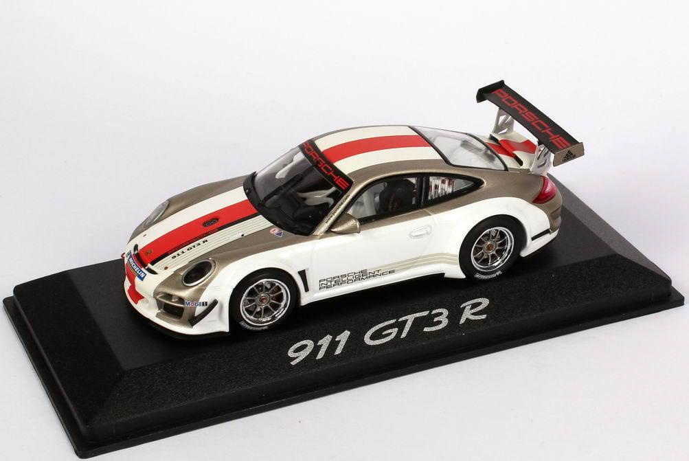 1 43 Porsche 911 GT3 R 997 2010 Intelligent Performance - Dealer Edition