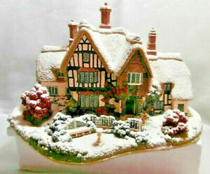 LILLIPUT-LANE-034-COUNTRY-LIVING-IN-WINTER-034-L2438-EX-RETAIL-SHOP-STOCK-RETIRED